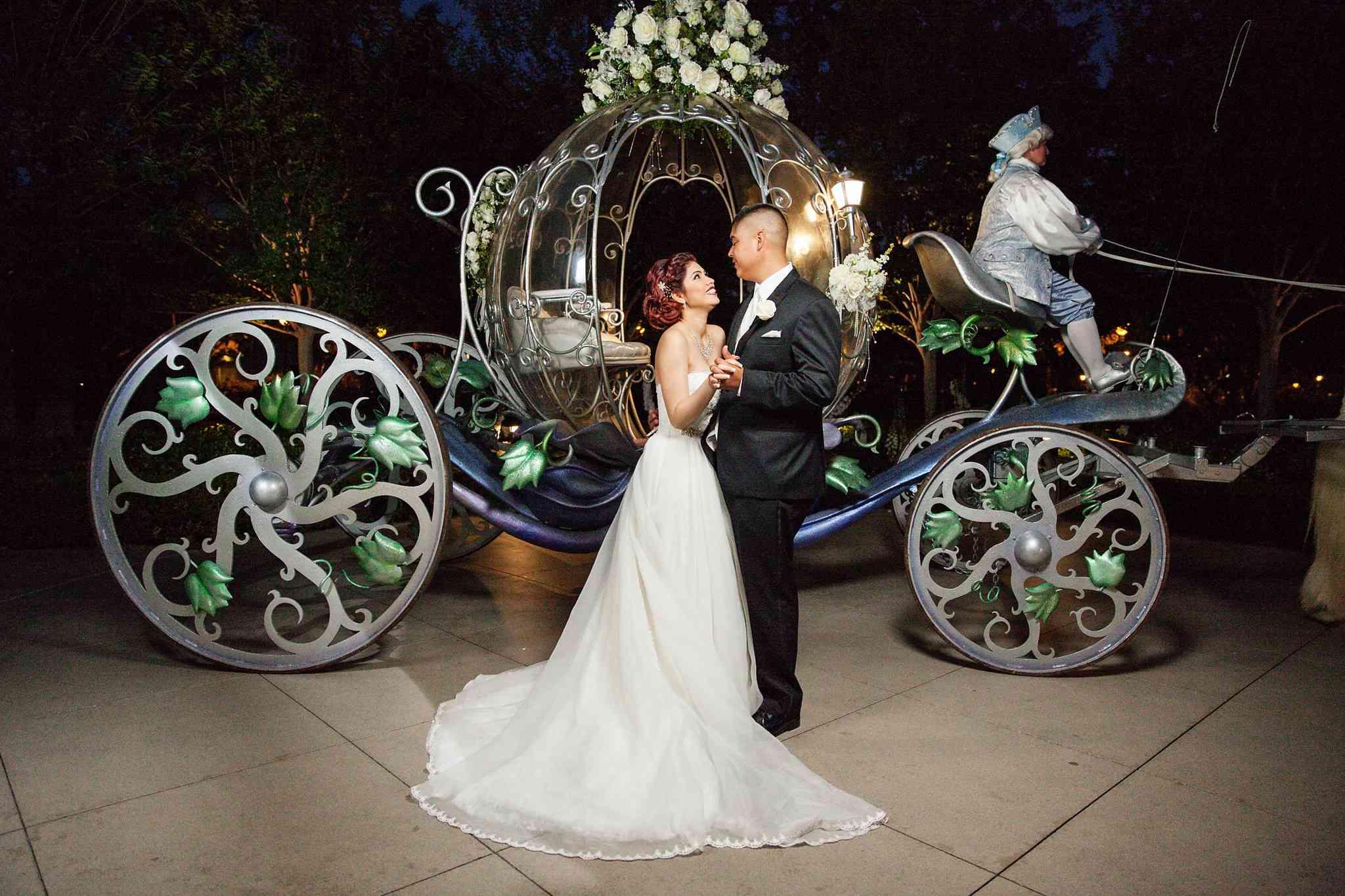 casamento-na-disney-noiva-carruagem-cinderella