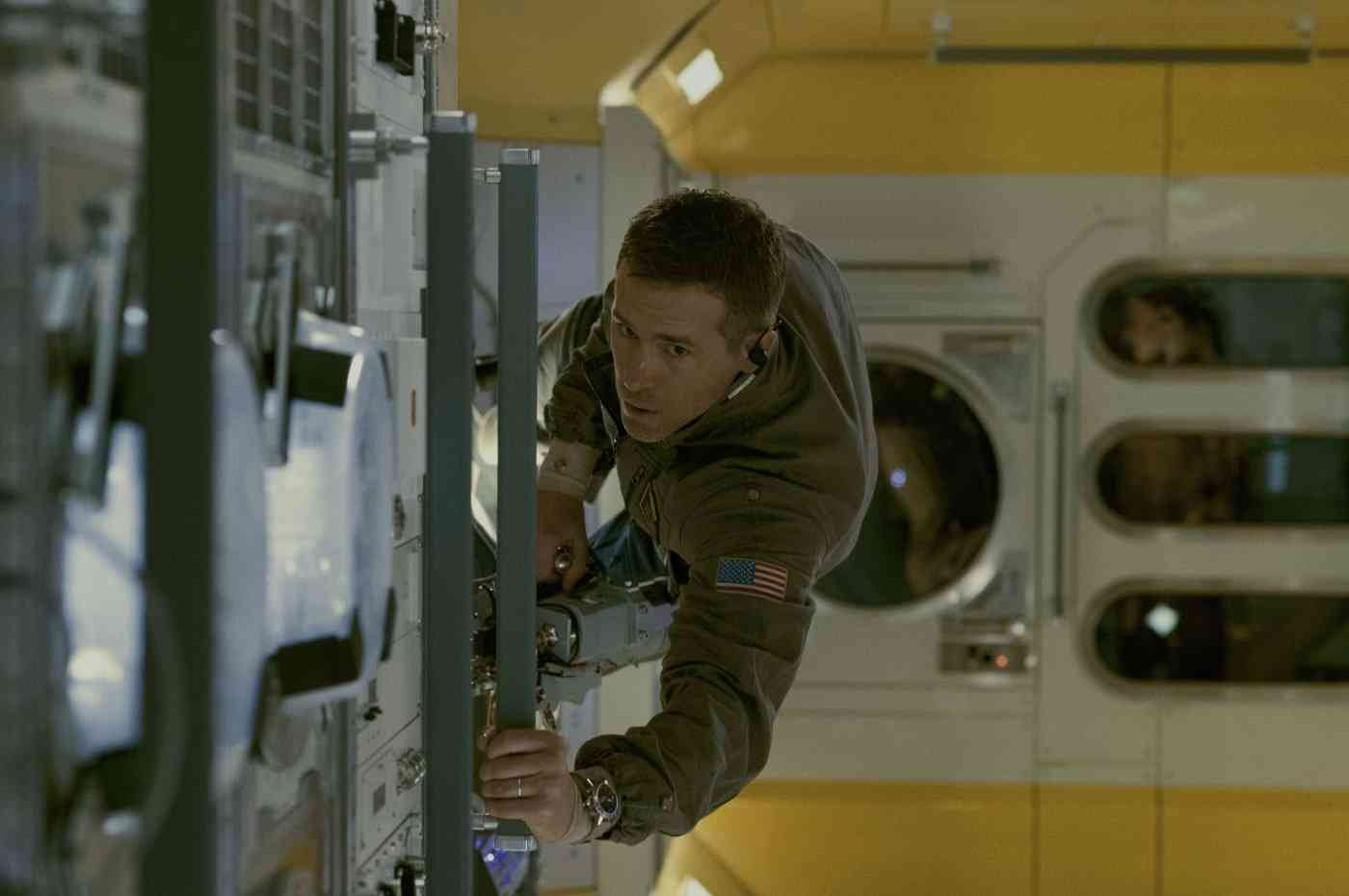 Deadpoll Ryan Reynolds no Espaço
